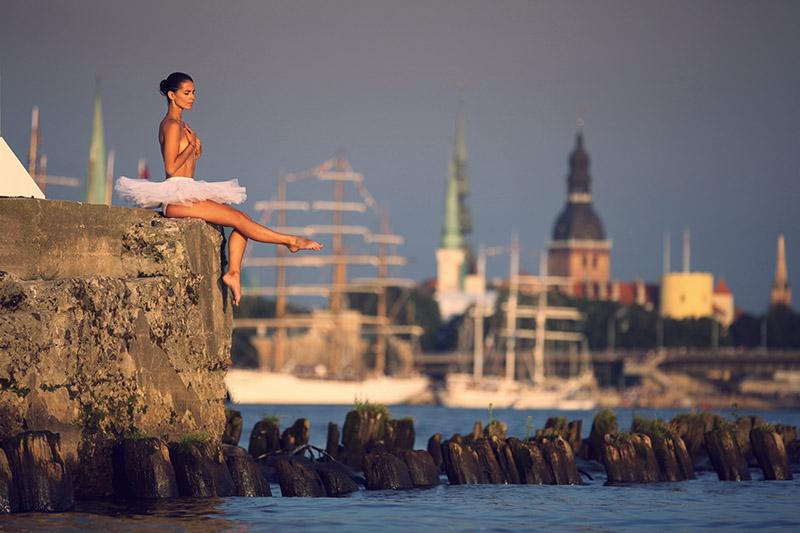 Balerīna uz Daugavas...